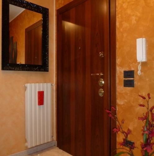 04 Vignali Simone Infissi-Style Porta blindata style legno
