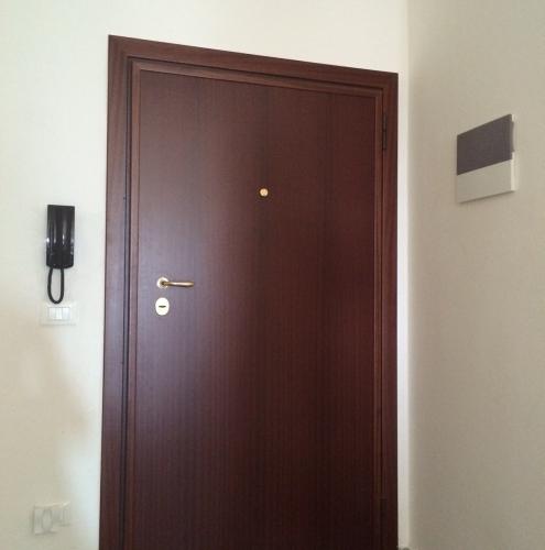 15 Vignali Simone Infissi-Style Porta blindata style legno