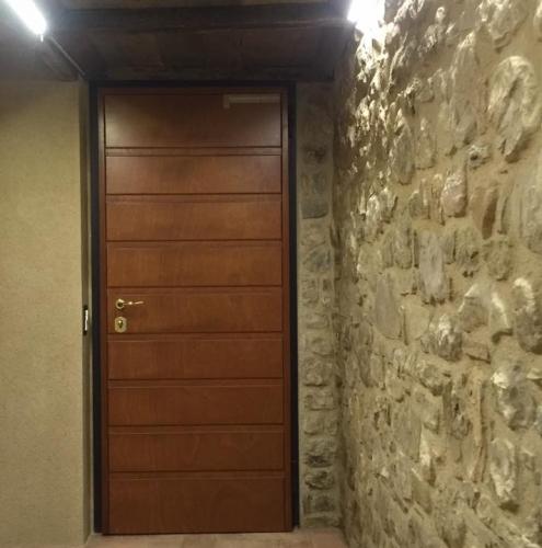 19 Vignali Simone Infissi-Style Porta blindata style legno