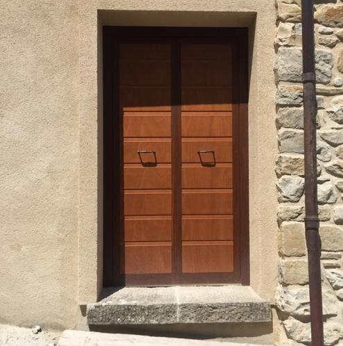 20 Vignali Simone Infissi-Style Porta blindata style legno