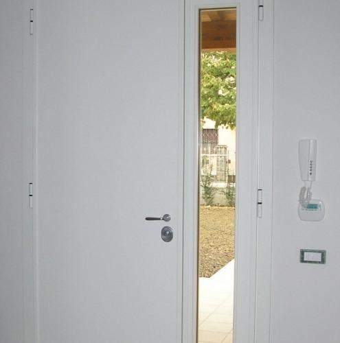 15 Vignali Simone Infissi-Style Porta blindata style personalizzato