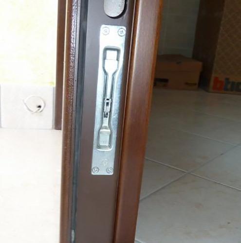 03 Vignali Simone Infissi-Style particolare Porta blindata