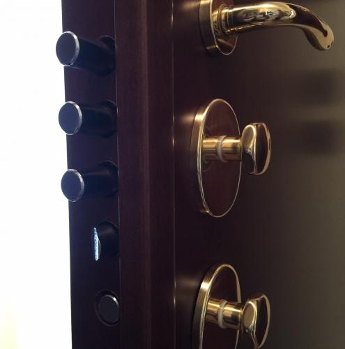 07 Vignali Simone Infissi-Style particolare Porta blindata