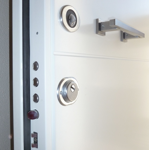 11 Vignali Simone Infissi-Style particolare Porta blindata