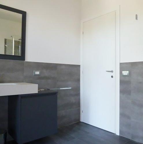 15 Vignali Simone Infissi-Style Porta interna style personalizzato