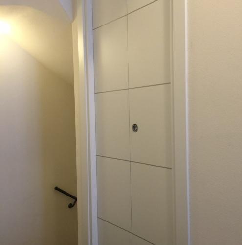 18 Vignali Simone Infissi-Style Porta interna style personalizzato
