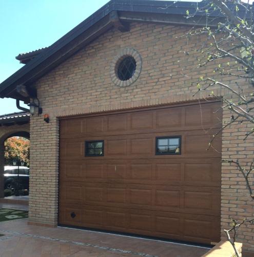 01 Vignali Simone Infissi-Style Portone per garage style legno