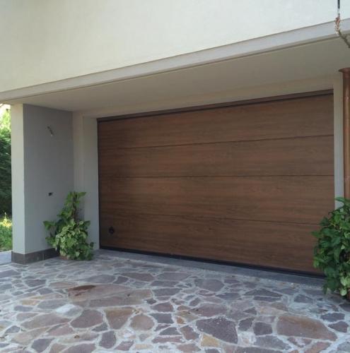 07 Vignali Simone Infissi-Style Portone per garage style legno