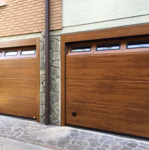 08 Vignali Simone Infissi-Style Portone per garage style legno