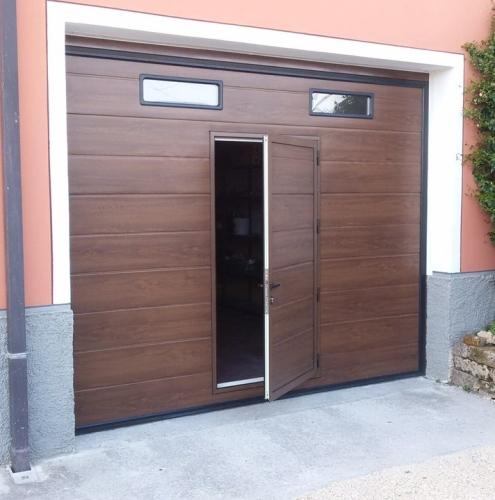 13 Vignali Simone Infissi-Style Portone per garage style legno