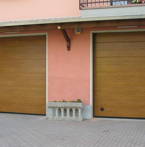 16 Vignali Simone Infissi-Style Portone per garage style legno