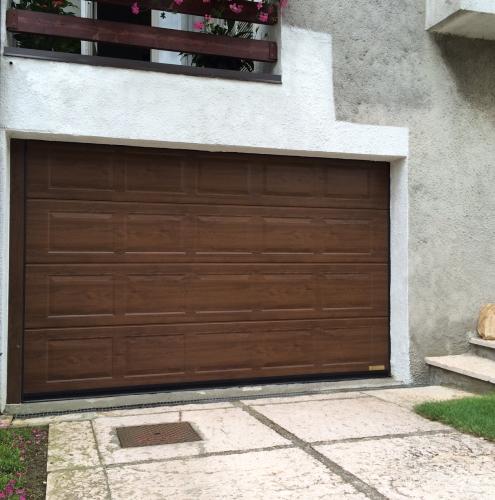 23 Vignali Simone Infissi-Style Portone per garage style legno