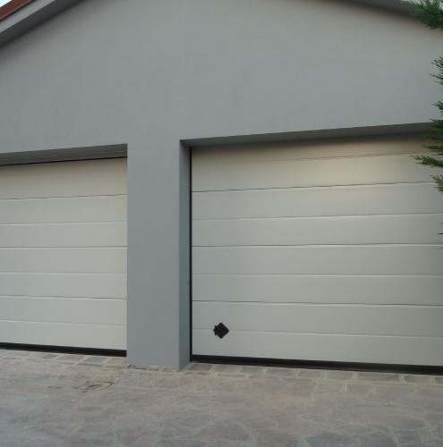 04 Vignali Simone Infissi-Style Portone per garage style personalizzato