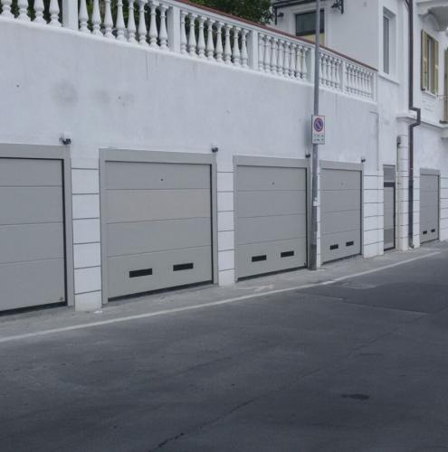 05 Vignali Simone Infissi-Style Portone per garage style personalizzato