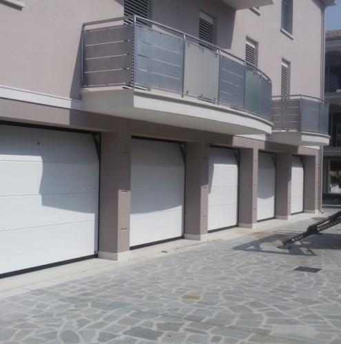 07 Vignali Simone Infissi-Style Portone per garage style personalizzato