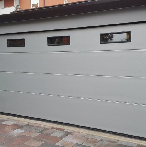 19 Vignali Simone Infissi-Style Portone per garage style personalizzato