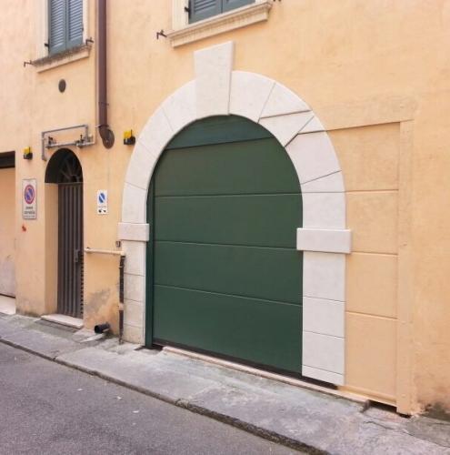 05 Vignali Simone Infissi-Style Portone per garage particolari