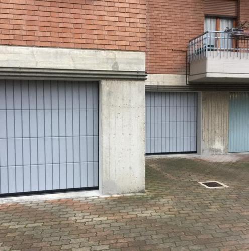 13 Vignali Simone Infissi-Style Portone per garage particolari
