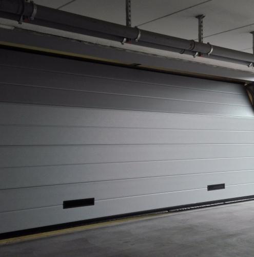 16 Vignali Simone Infissi-Style Portone per garage particolari