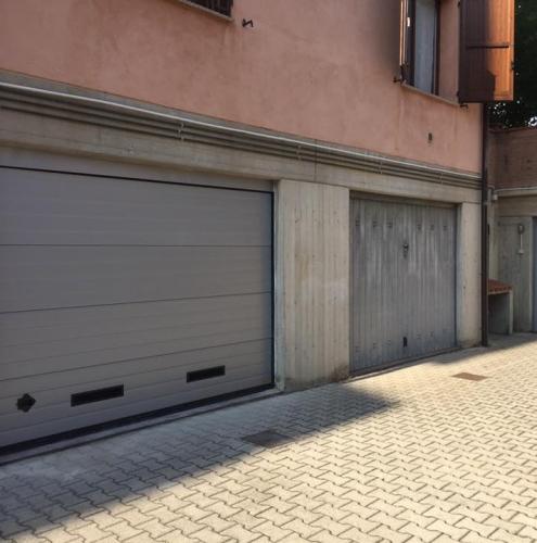 19 Vignali Simone Infissi-Style Portone per garage particolari