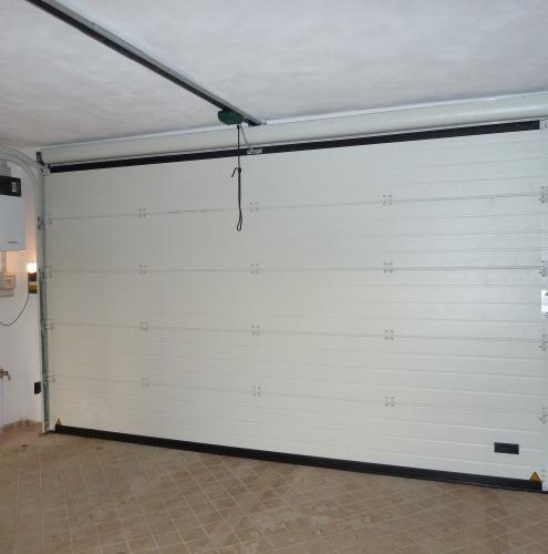 24 Vignali Simone Infissi-Style Portone per garage particolari