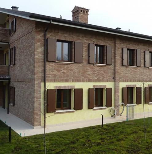 04 Vignali Simone Infissi-Style Oscurante style legno