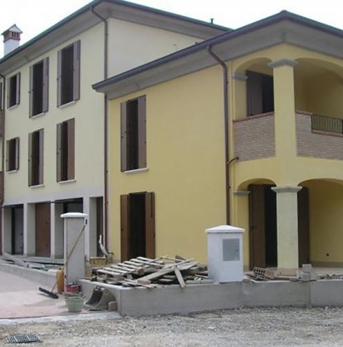 08 Vignali Simone Infissi-Style Oscurante style legno
